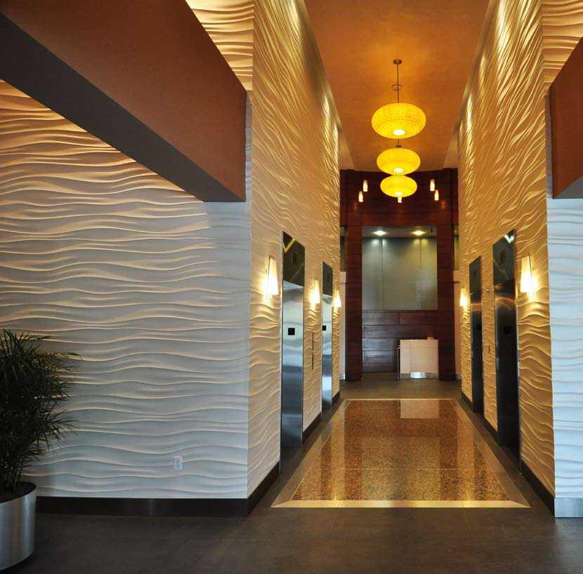Разные панели в коридоре