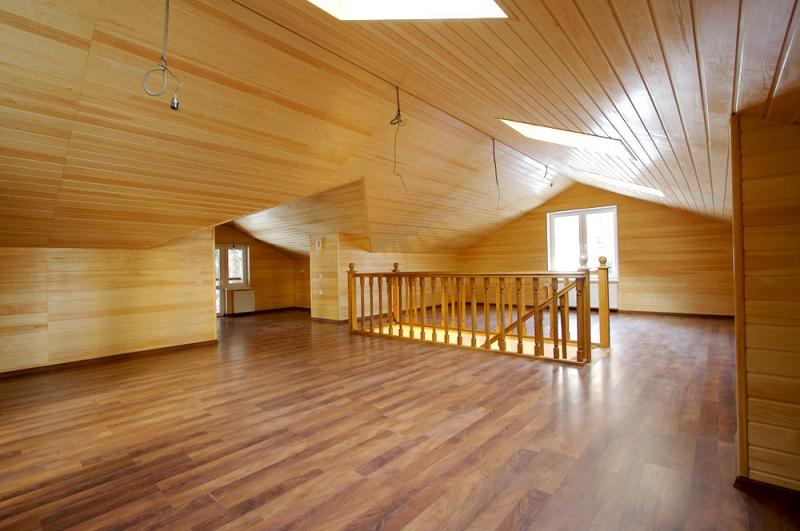 Chambre mansardee lambris travaux de renovation pas cher for Lambris pvc chambre