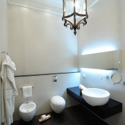 Унитаз для ванной комнаты
