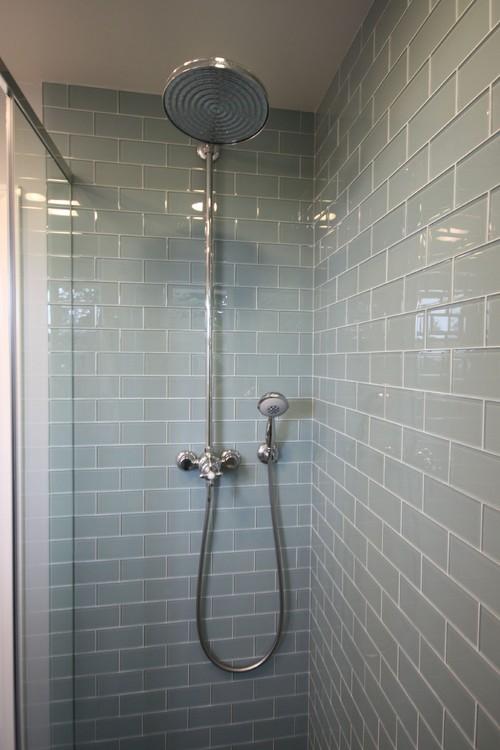 Стеклянная плитка душ