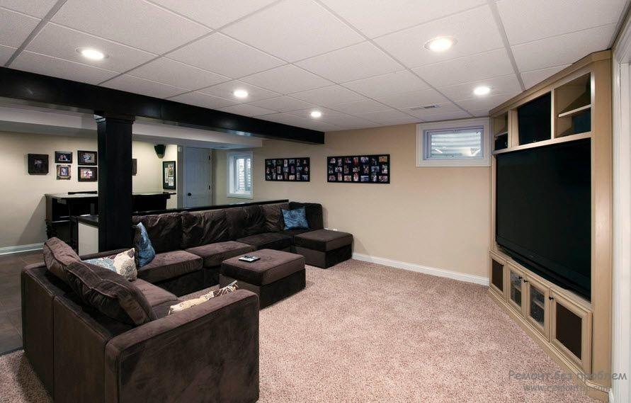 Кассетный потолок в интерьере квартиры