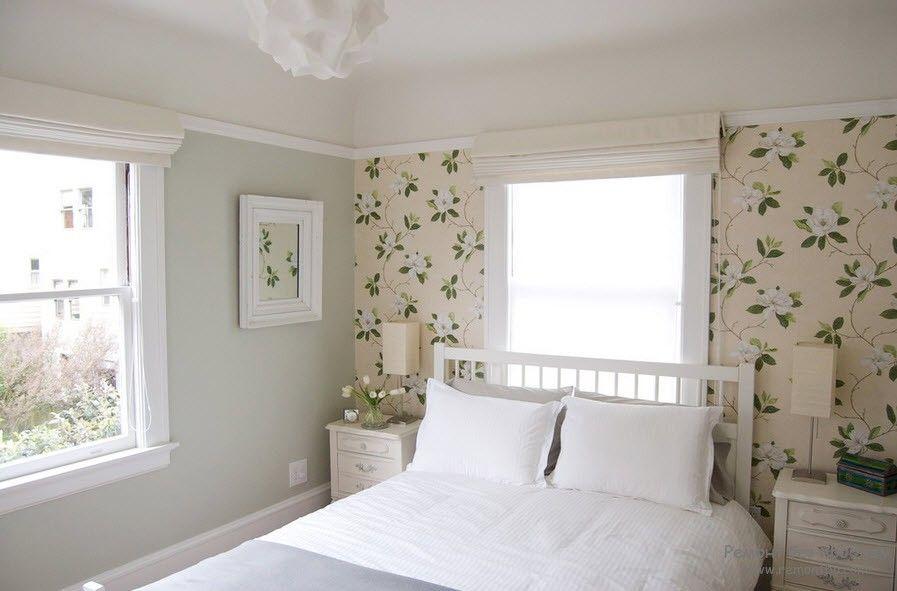 Дизайн флизелиновых обоев в спальной комнате