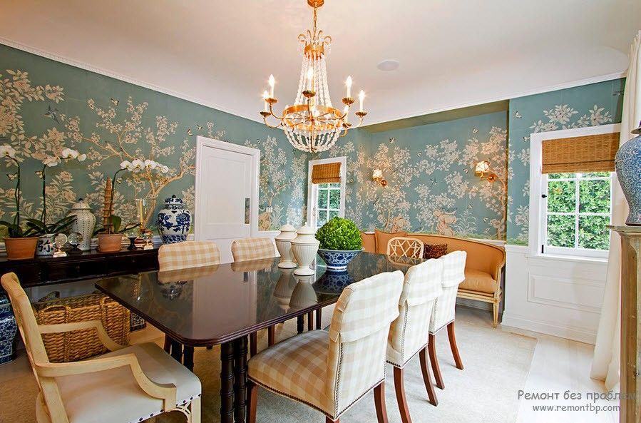 Флизелиновые обои в интерьере спальной комнаты для гостей