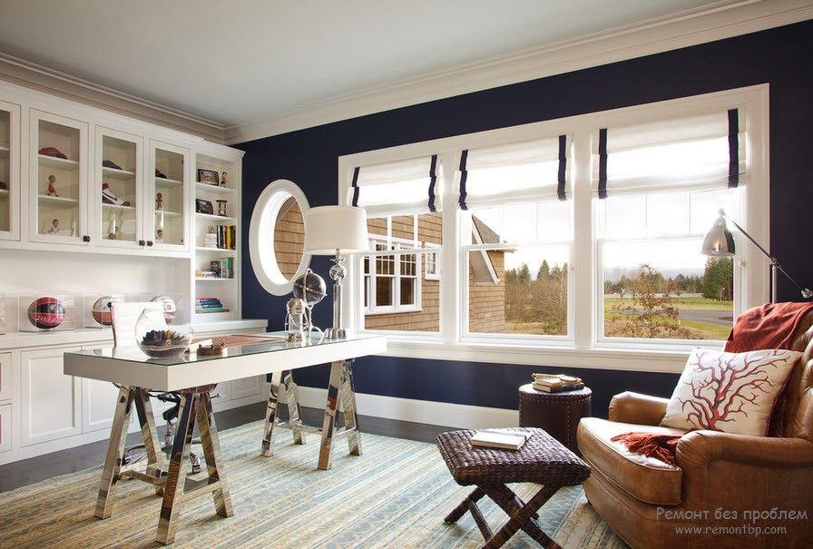 Круглое окно на кухне