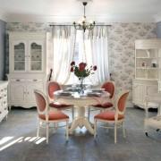 Стол и стулья прованс