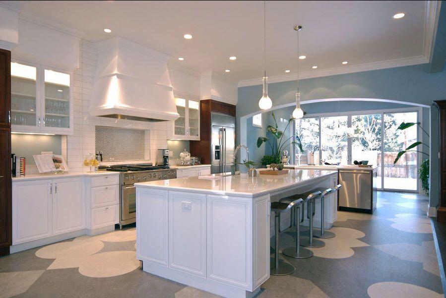 Линолеум на полу кухни