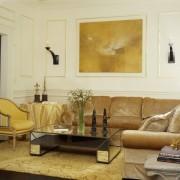 Золотой цвет в гостиной