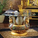 Стол в египетском стиле
