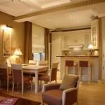 Кухня + комната фото