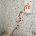 Декупаж на стене в ванной