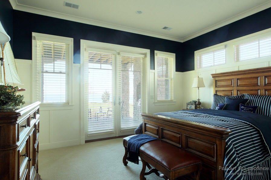 Горизонтальные жалюзи в интерьере комнаты на фото