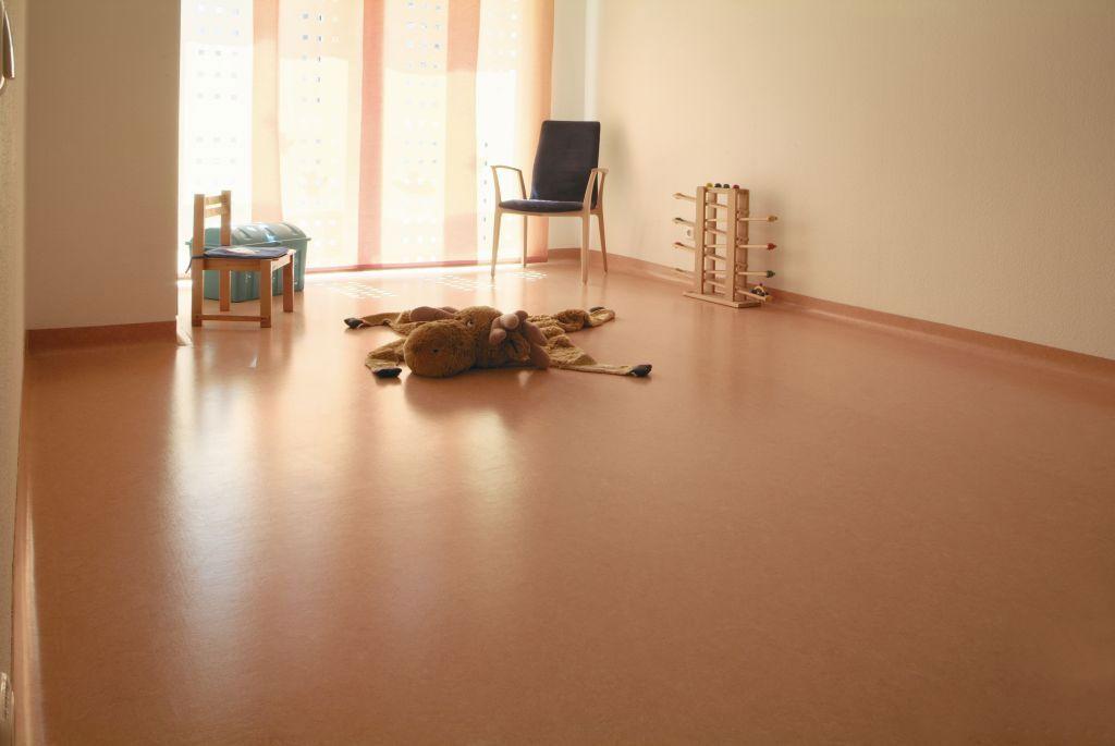 линолеум фото в интерьере квартиры