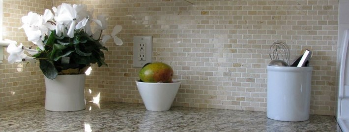 Как обустроить маленькую кухню в квартире — 20 идей дизайна