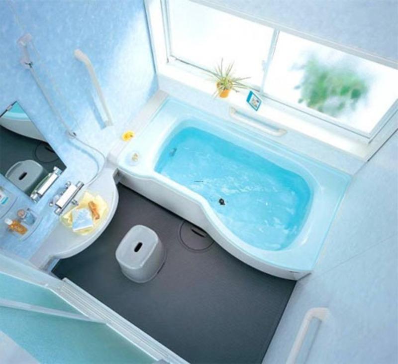 Ванная в холодных тонах