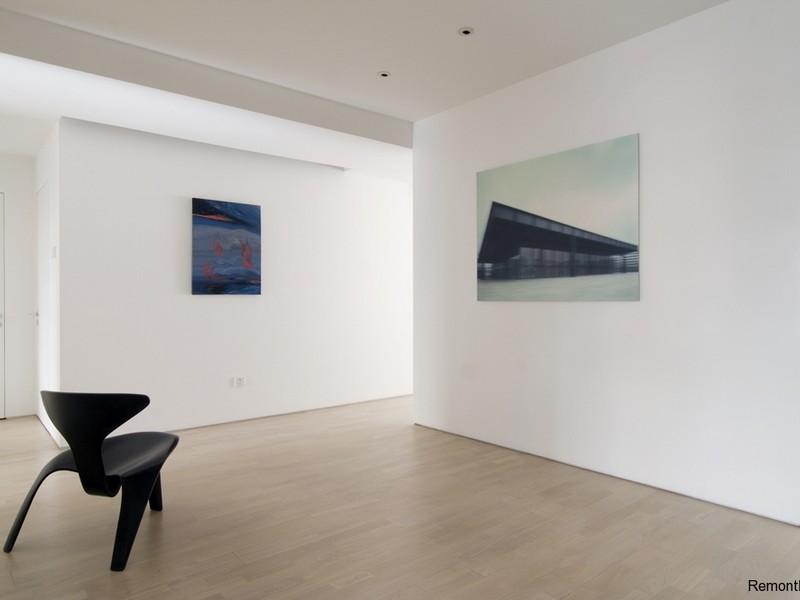 Просторная комната в стиле минимализм