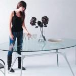 Стеклянная мебель на фото