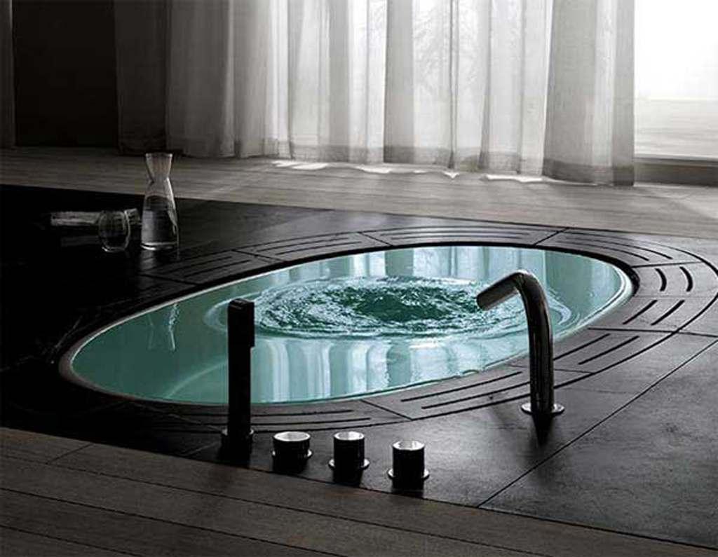 Красивая ванная комната хай-тек
