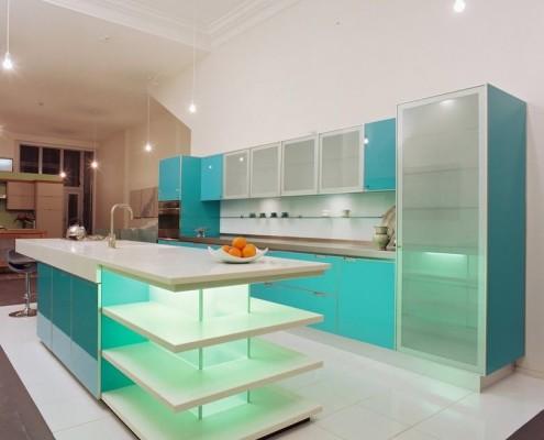 Фасад из стекла для кухни