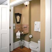 Маленькая ванная + туалет