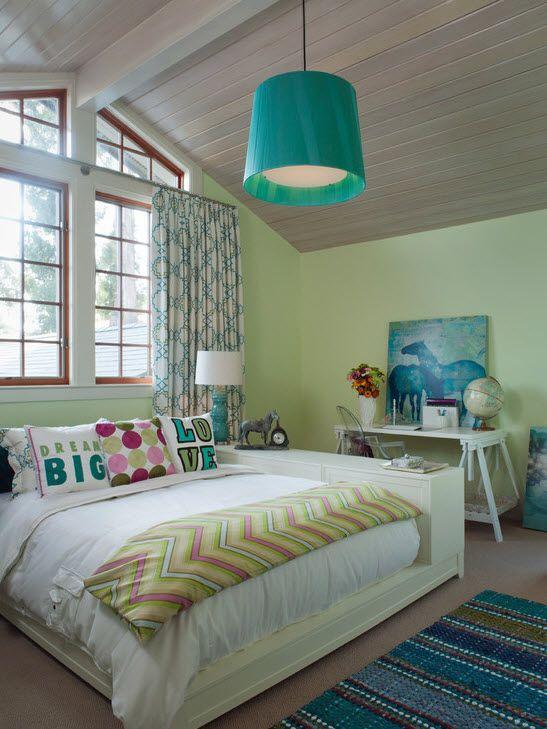 Оригинальная люстра комната для девочки