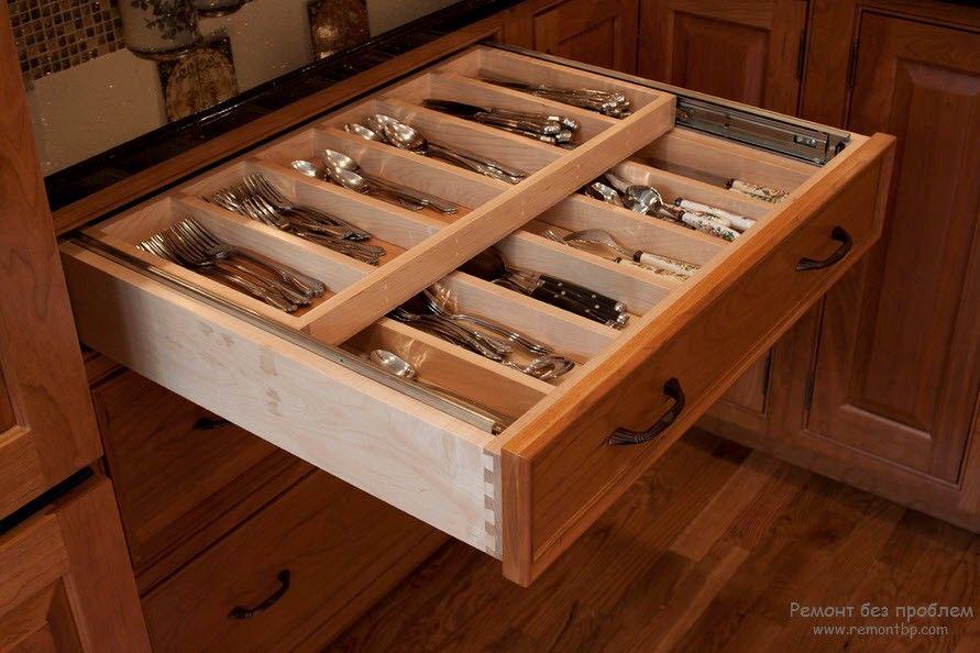 Удобный ящик для кухонных приборов