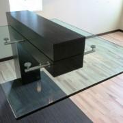 Стиль hi-tech стол