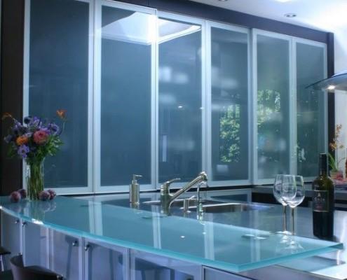 Оформление кухни стеклом фото