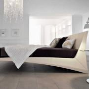 Необычная кровать хай-тек