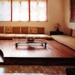 Стол в индийском стиле фото