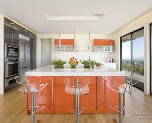 Оранжевые оттенки на кухне