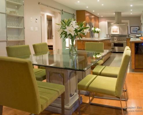 Стеклянный стол кухня в интерьере