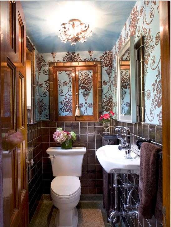 Лучший дизайн плитки для маленькой ванной 20