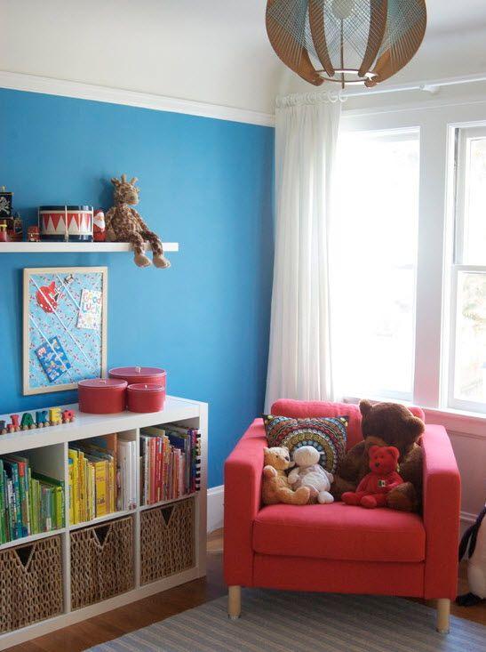 Синие стены в детской