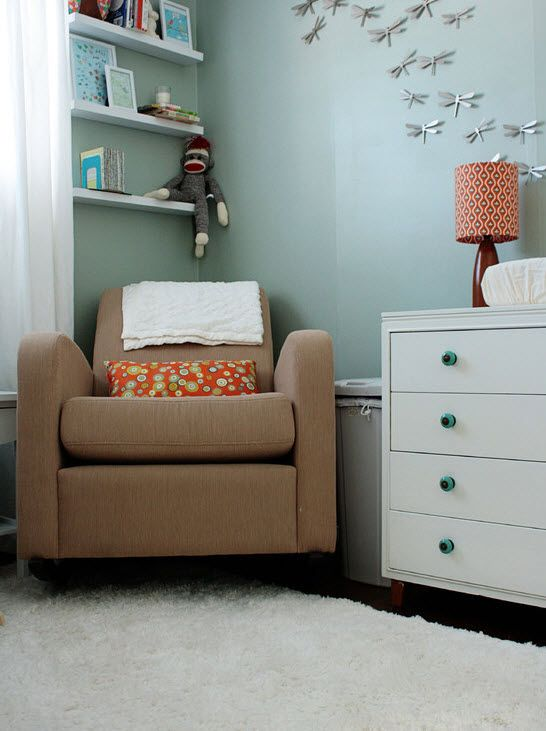 Кресло для комнаты