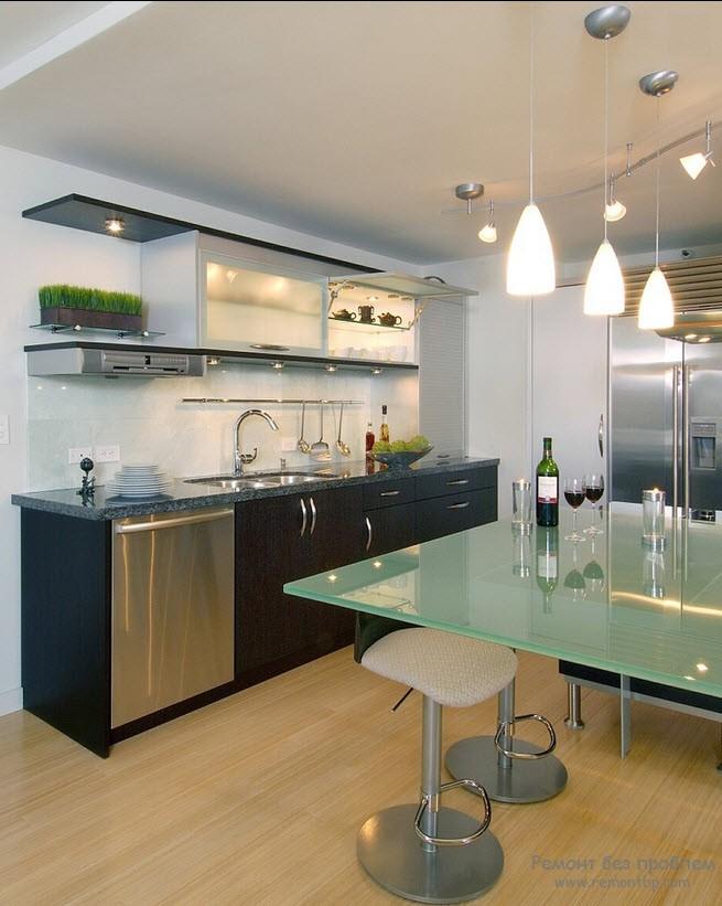 Стеклянная кухня