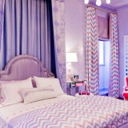 Розовая комната девочки-подростка