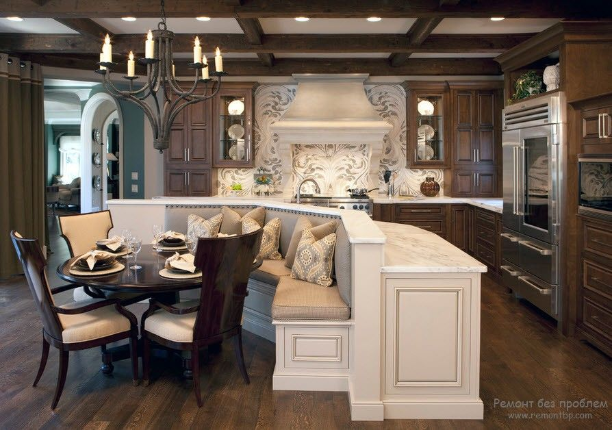 Потолочная балка на кухне