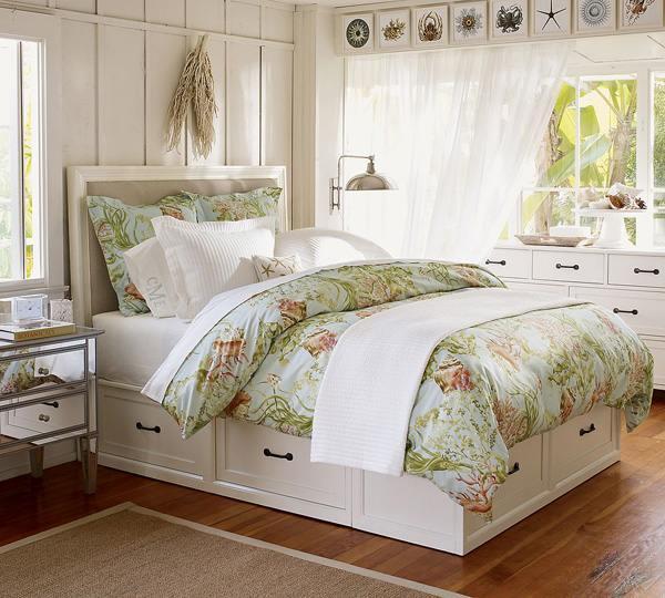 Деревенское оформление спальни