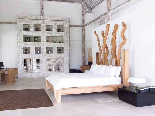 Экстравагантное оформление спальни