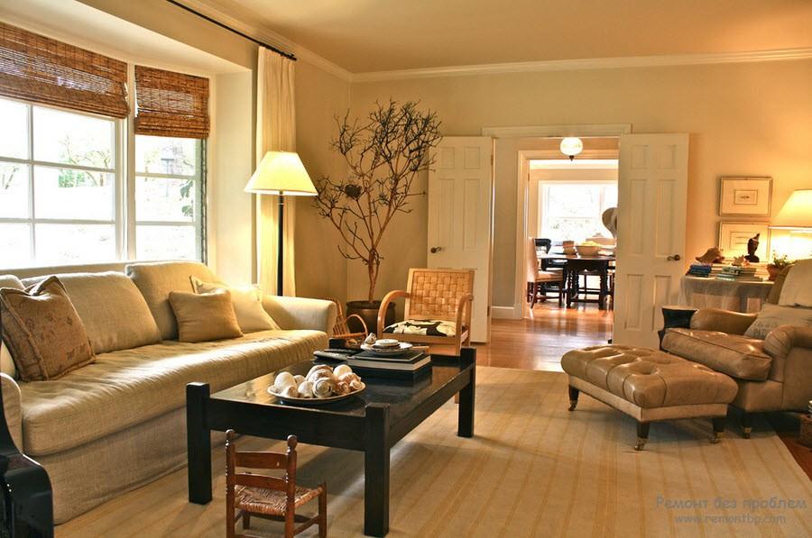 бамбуковые жалюзи в гостиной