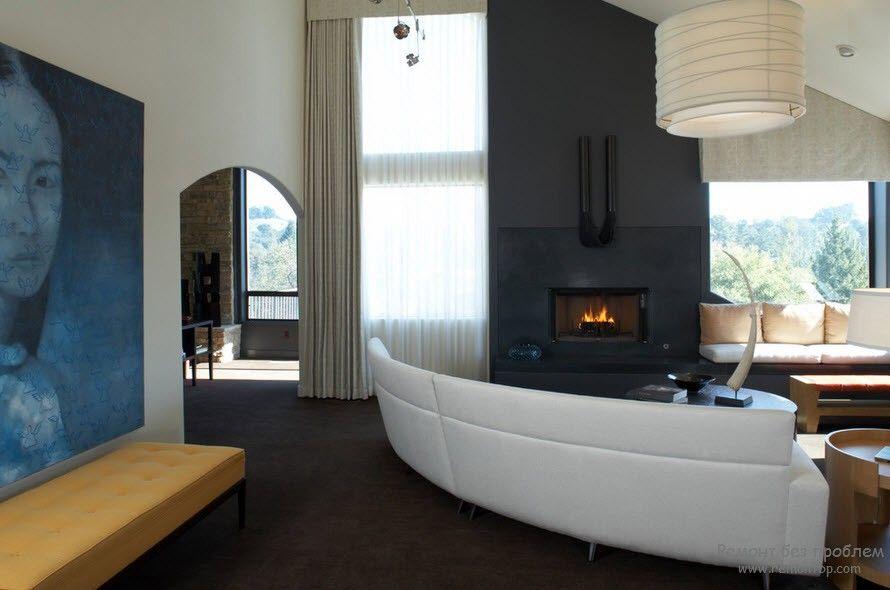 Оригинальный белый диван