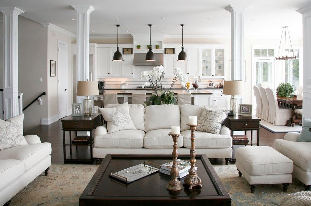 Біла вітальня в класичному стилі