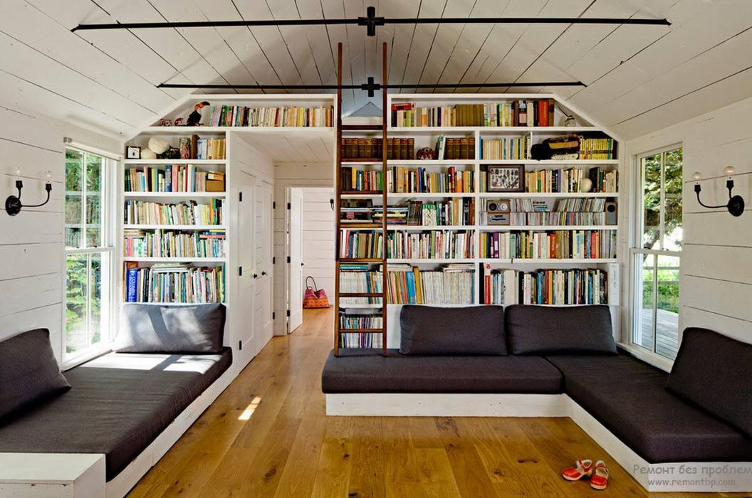 Библиотека - шкаф в интерьере загородного дома