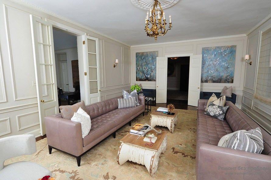 Кожаная мягкая мебель в интерьере в классическом стиле