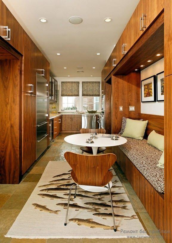 Красивый кухонный уголок в комплекте со столом и стульями