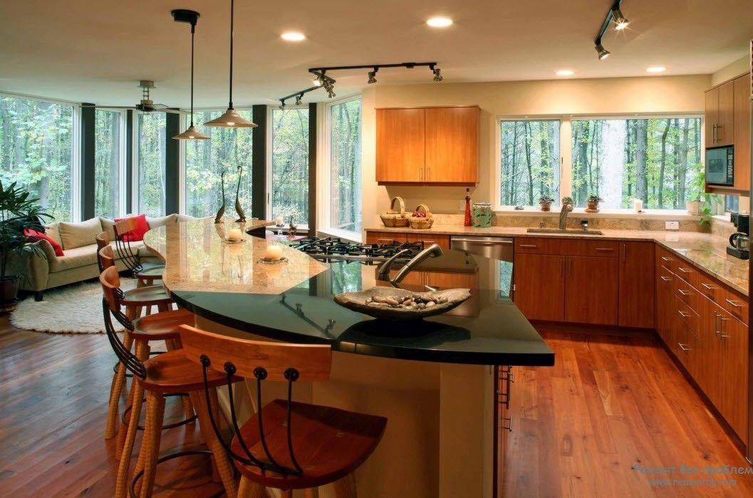 Гостиная, совмещенная с кухней, пример зонирования