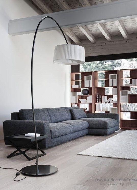 необычная лампа в техно-стиле