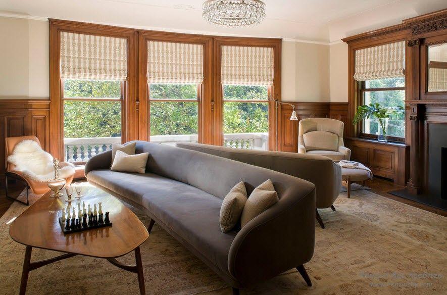 Мягкая мебель в строгом интерьере