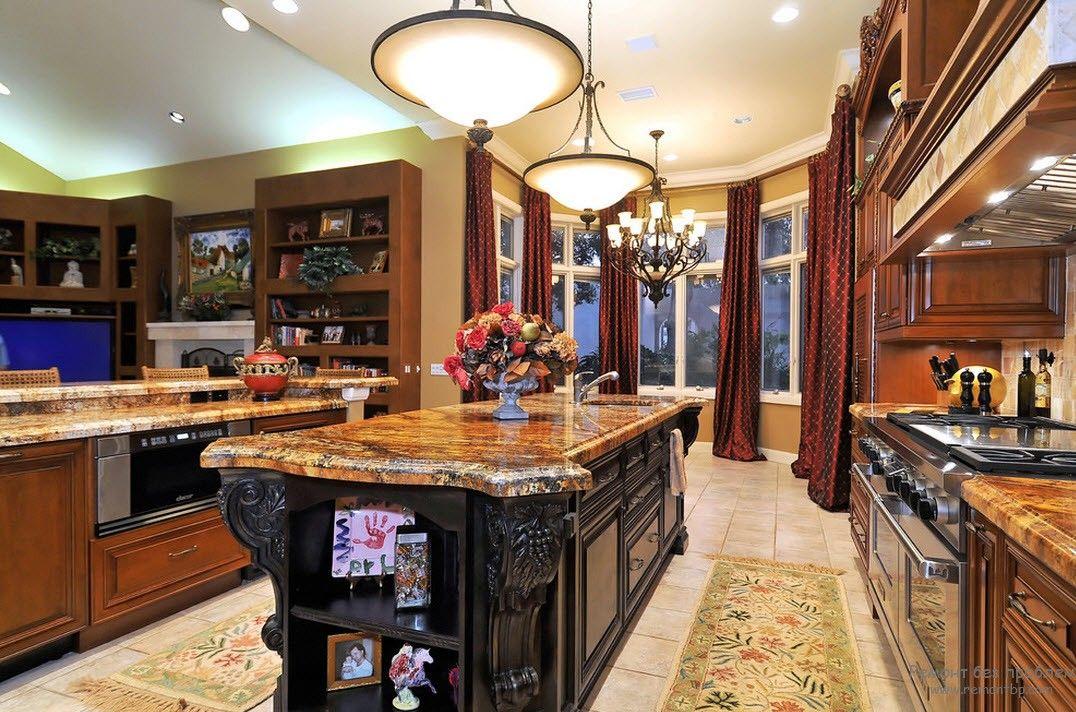 Оригинальный интерьер кухни при помощи штор