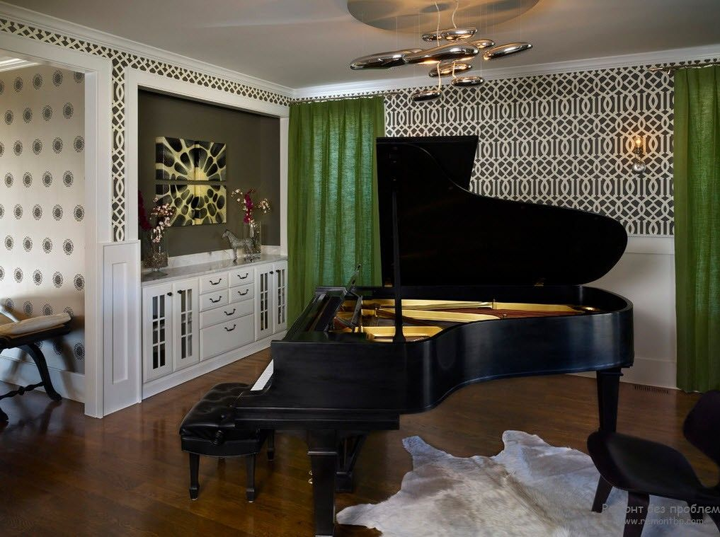 Черный узор в интерьере гостиной